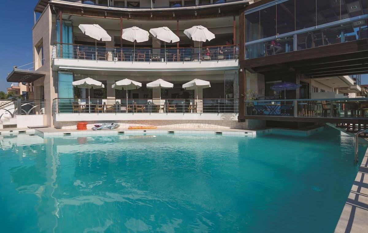 1175_cosmopolitan-hotel-spa_190544.jpg