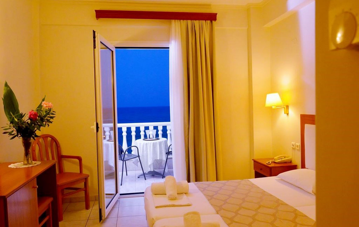 216_ioni-hotel_107335.jpg