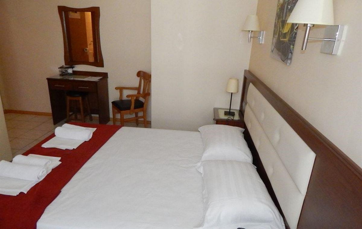 629_gold-stern-hotel_179564.jpg