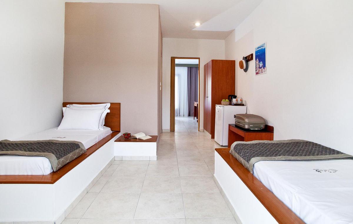 Accommodation02.jpg