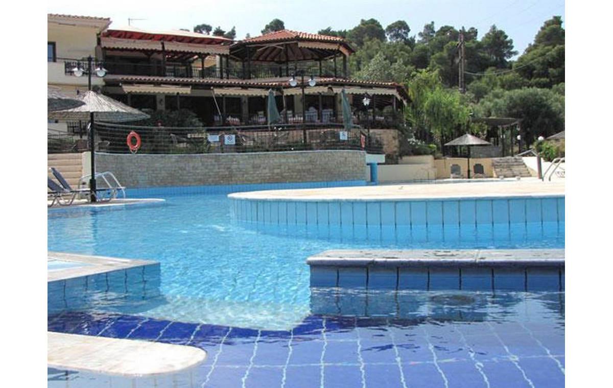 Letovane_Hoteli_Grcka_Sitonija_Barcino_Tours_Hotel_Makedons-10.jpg