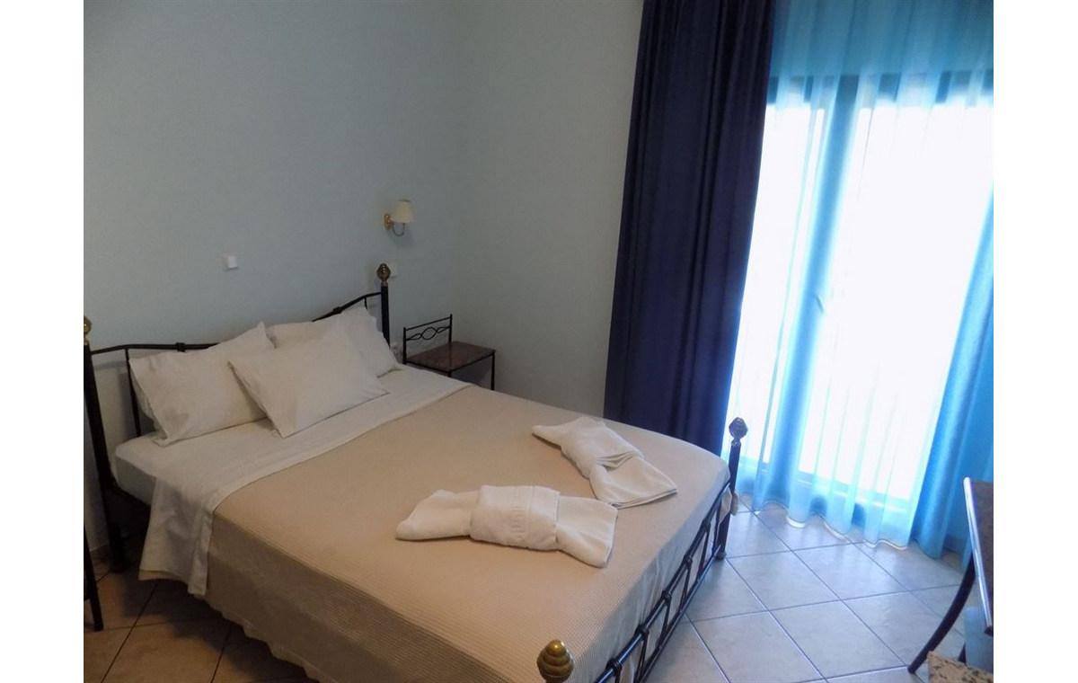 Letovane_Hoteli_Grcka_Sitonija_Barcino_Tours_Hotel_Makedons-3.jpg