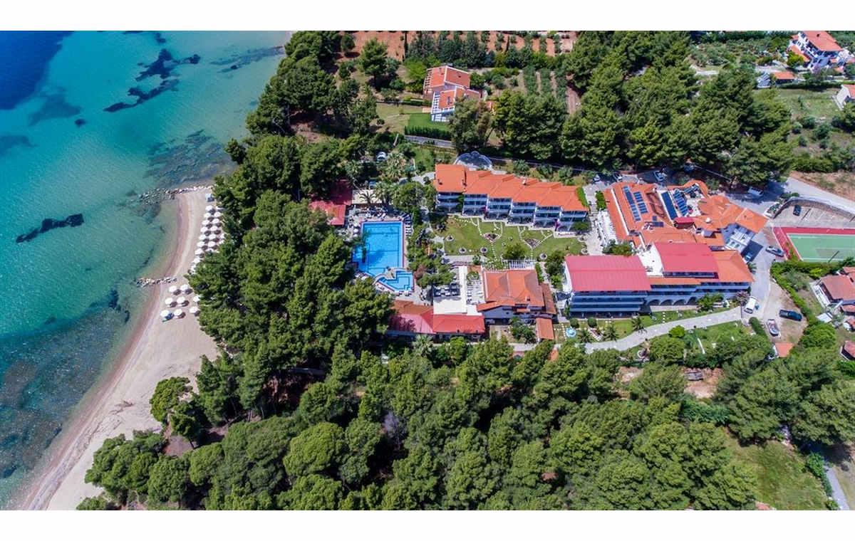 Letovanj_Hoteli_Grcka_Sitonija_Hotel_Porfi_Beach_Barcino_Tours-10.jpg