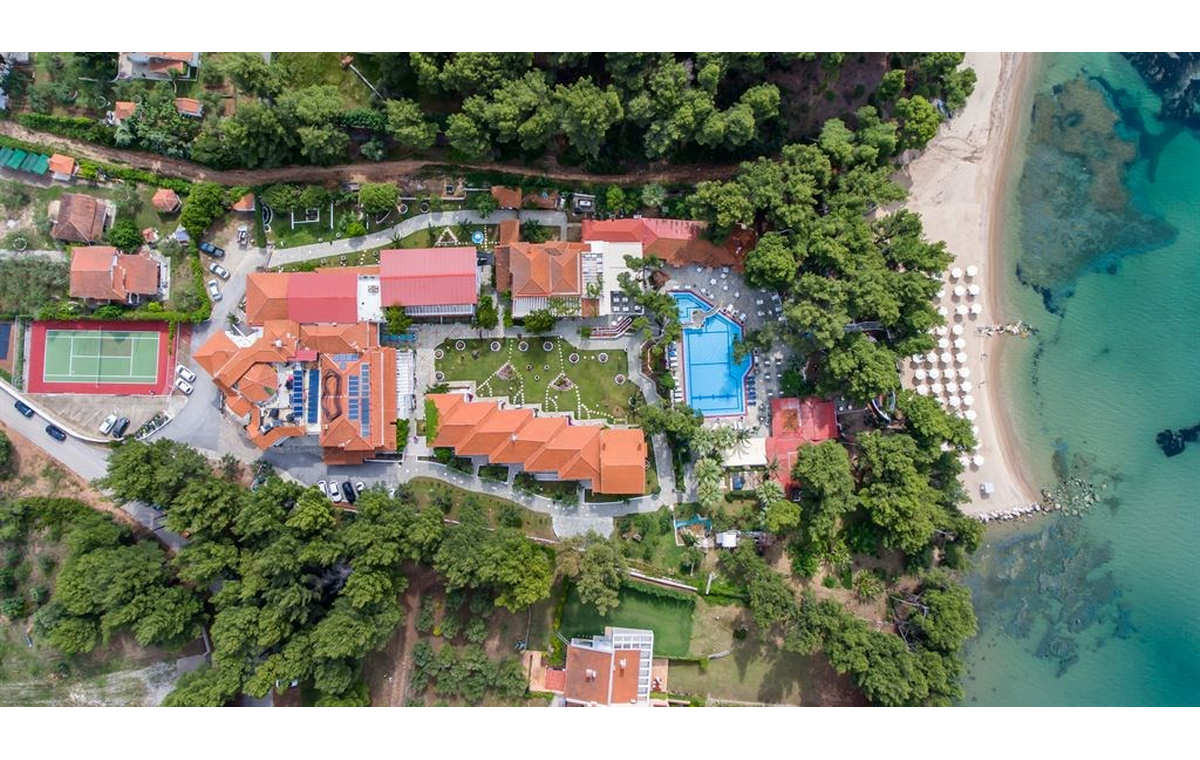 Letovanj_Hoteli_Grcka_Sitonija_Hotel_Porfi_Beach_Barcino_Tours-14.jpg