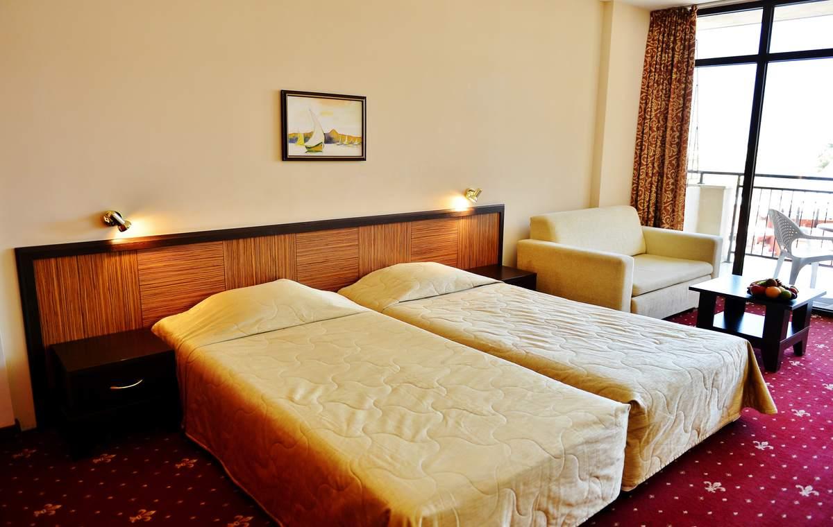 Letovanje_Bugarska_Hoteli_Sunčev_Breg_Hotel_Nobel-2.jpg
