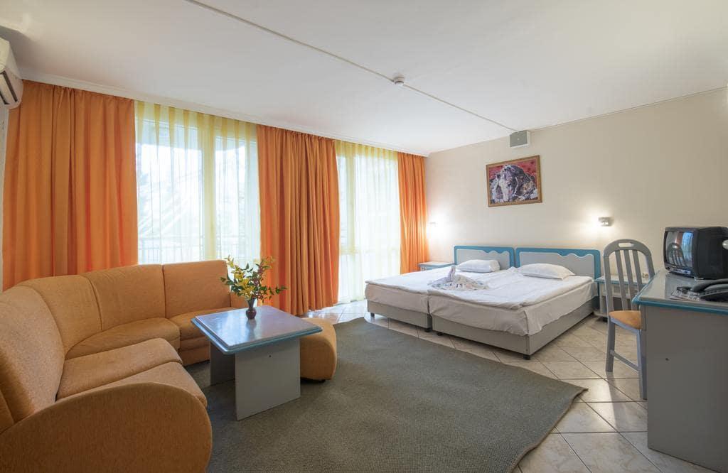 Letovanje_Bugarska_Hoteli_Suncev_Breg_Hotel_Iskar-15.jpg