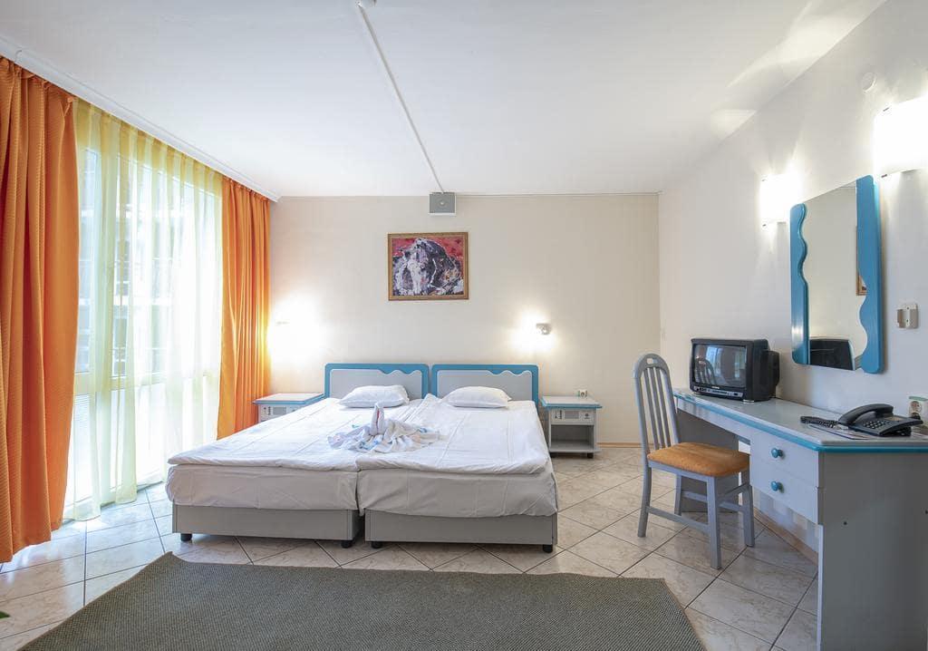 Letovanje_Bugarska_Hoteli_Suncev_Breg_Hotel_Iskar-8.jpg