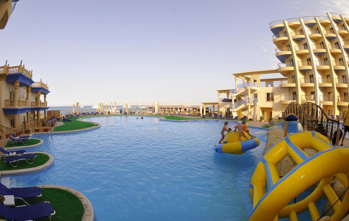 Letovanje_Egipat_Hoteli_Avio_Hurgada_Hotel_Sphinx_Aqua_Park_Beach_Resort-16.jpg