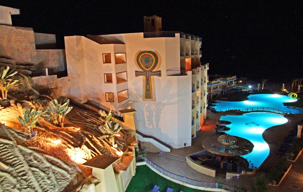 Letovanje_Egipat_Hoteli_Avio_Hurgada_Hotel_Sphinx_Aqua_Park_Beach_Resort-4.jpg