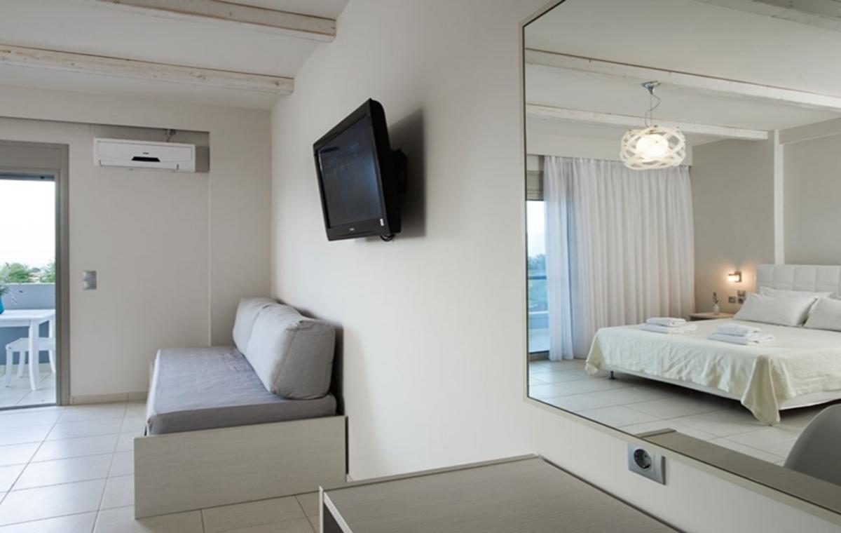 Letovanje_Grcka_Hoteli_Evia_Altamar_Hotel_Barcino_Tours-2.jpg