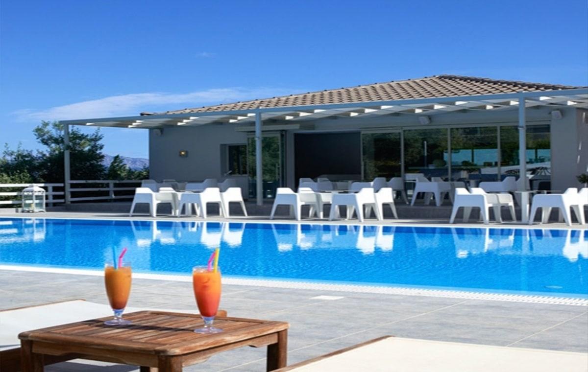 Letovanje_Grcka_Hoteli_Evia_Altamar_Hotel_Barcino_Tours-5.jpg