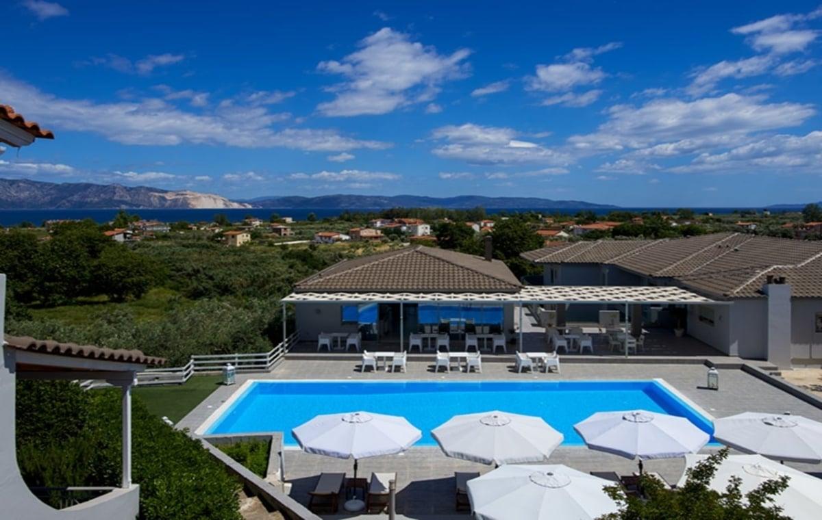 Letovanje_Grcka_Hoteli_Evia_Altamar_Hotel_Barcino_Tours-8.jpg