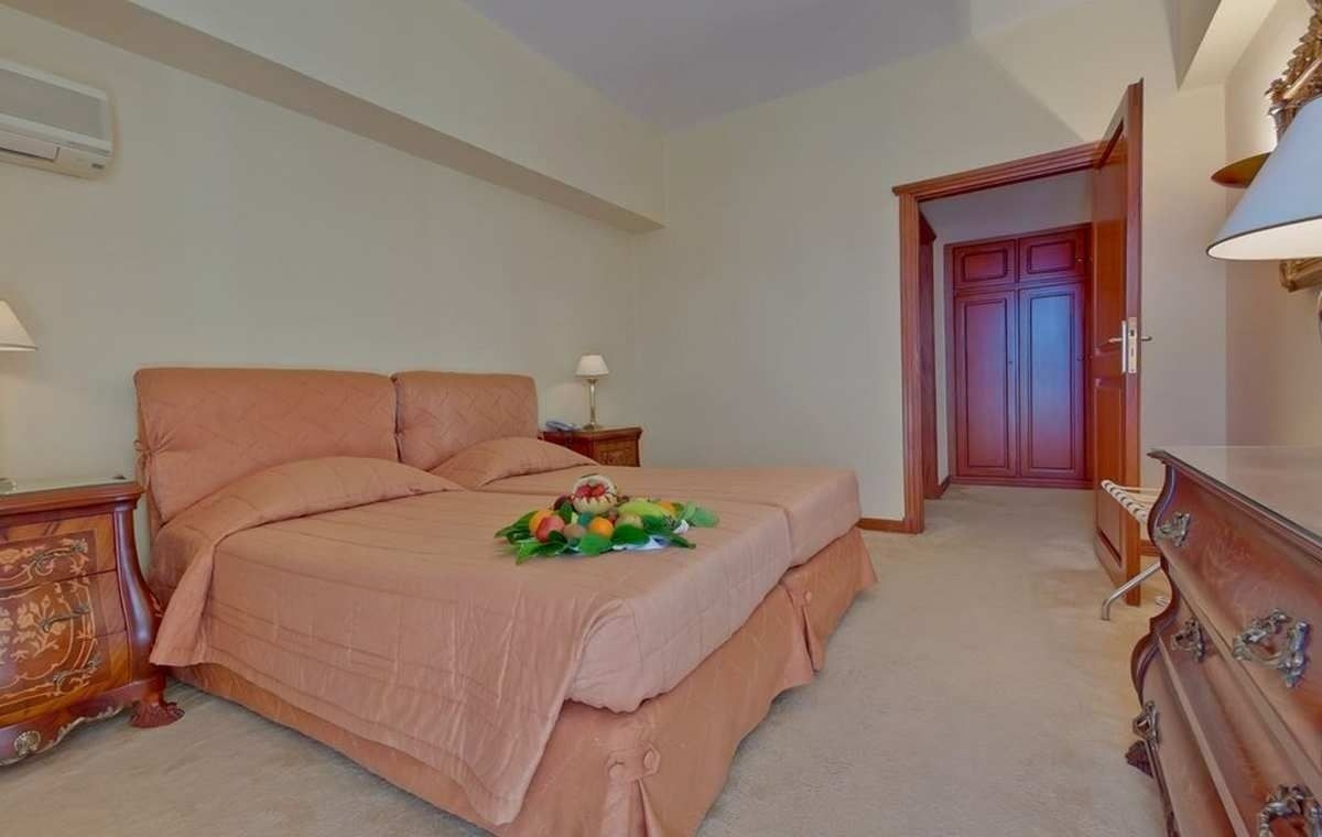 Letovanje_Grcka_Hoteli_Evia_Bomo_Club_Palmariva_Hotel_Barcino_Tours-1.jpeg
