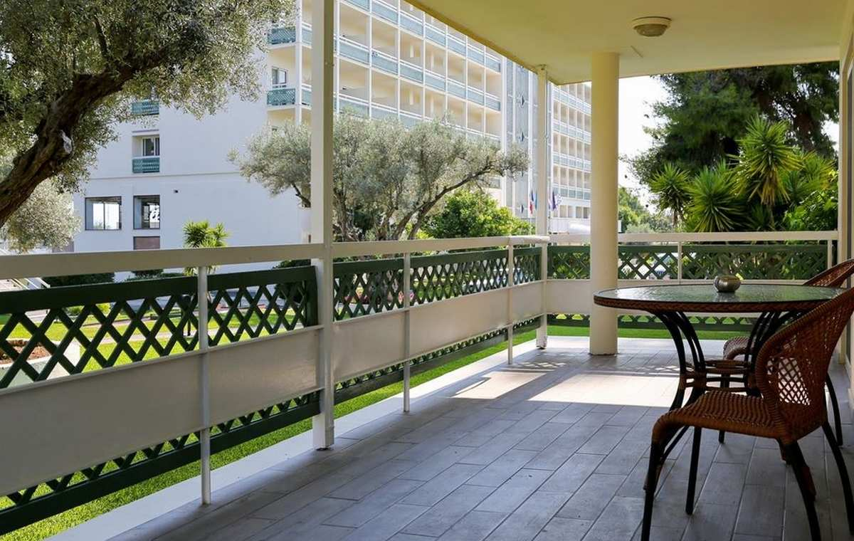 Letovanje_Grcka_Hoteli_Evia_Bomo_Club_Palmariva_Hotel_Barcino_Tours-21-1.jpeg