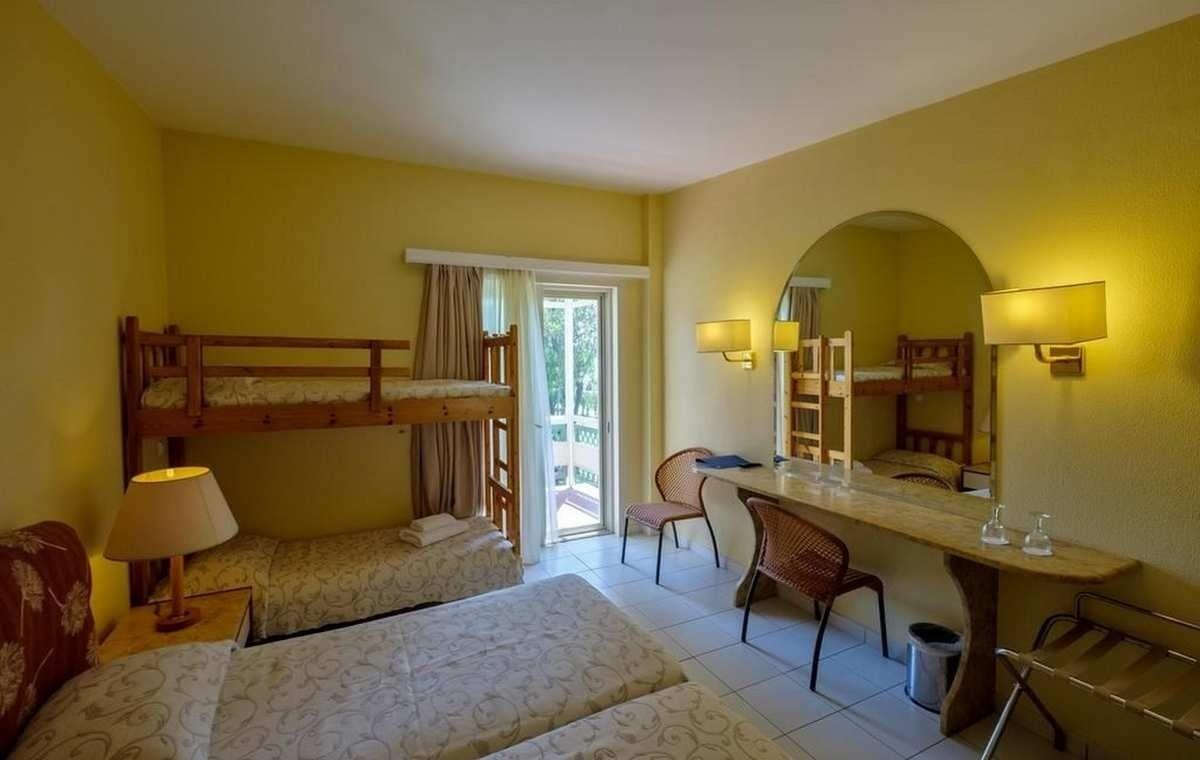 Letovanje_Grcka_Hoteli_Evia_Bomo_Club_Palmariva_Hotel_Barcino_Tours-3.jpg