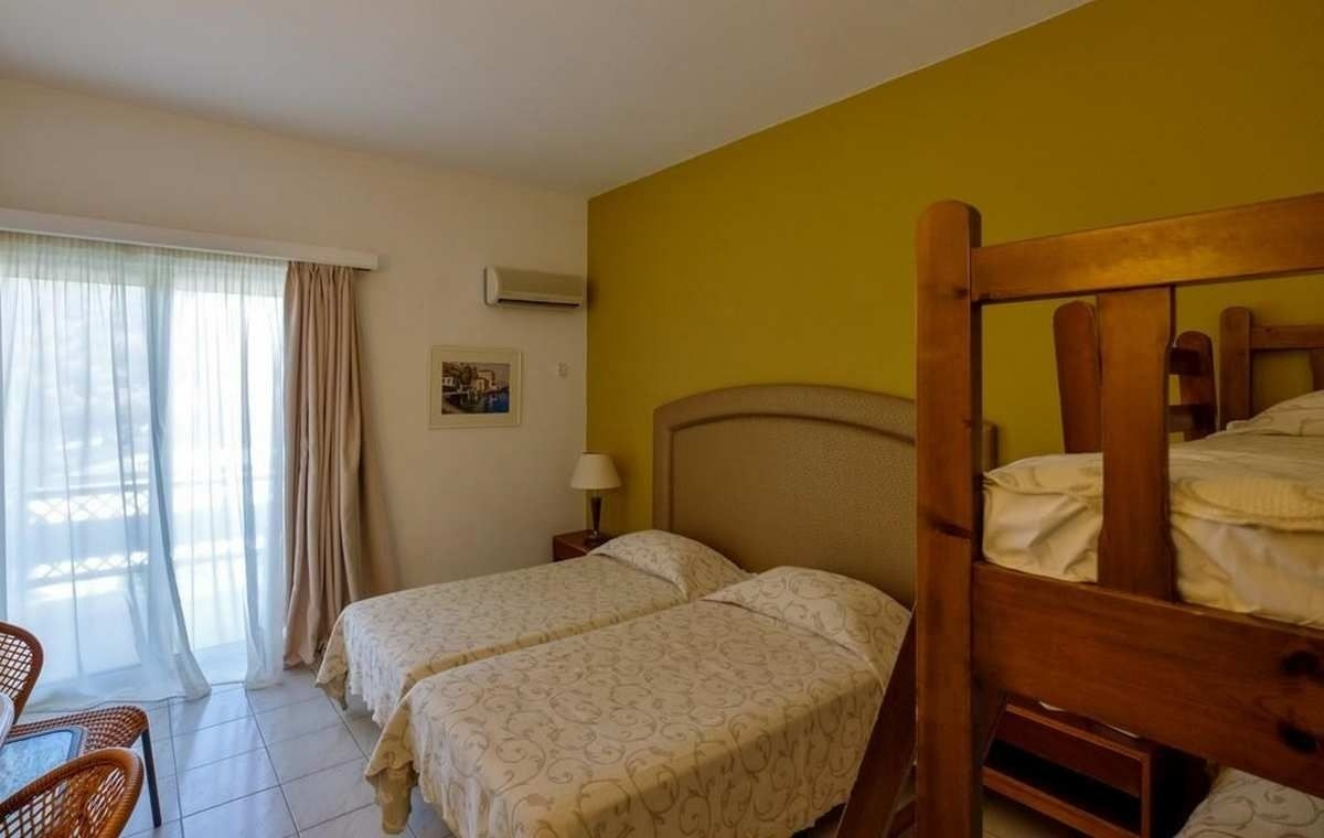 Letovanje_Grcka_Hoteli_Evia_Bomo_Club_Palmariva_Hotel_Barcino_Tours-4.jpg