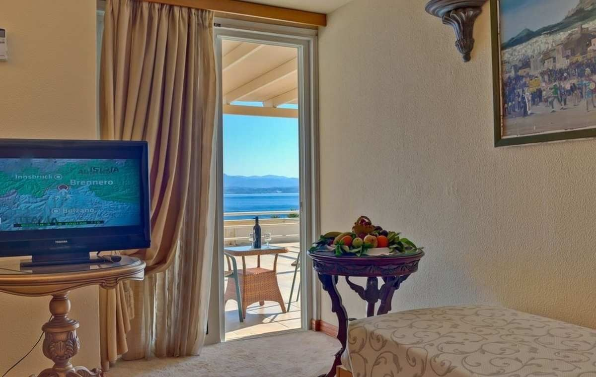 Letovanje_Grcka_Hoteli_Evia_Bomo_Club_Palmariva_Hotel_Barcino_Tours-6.jpeg
