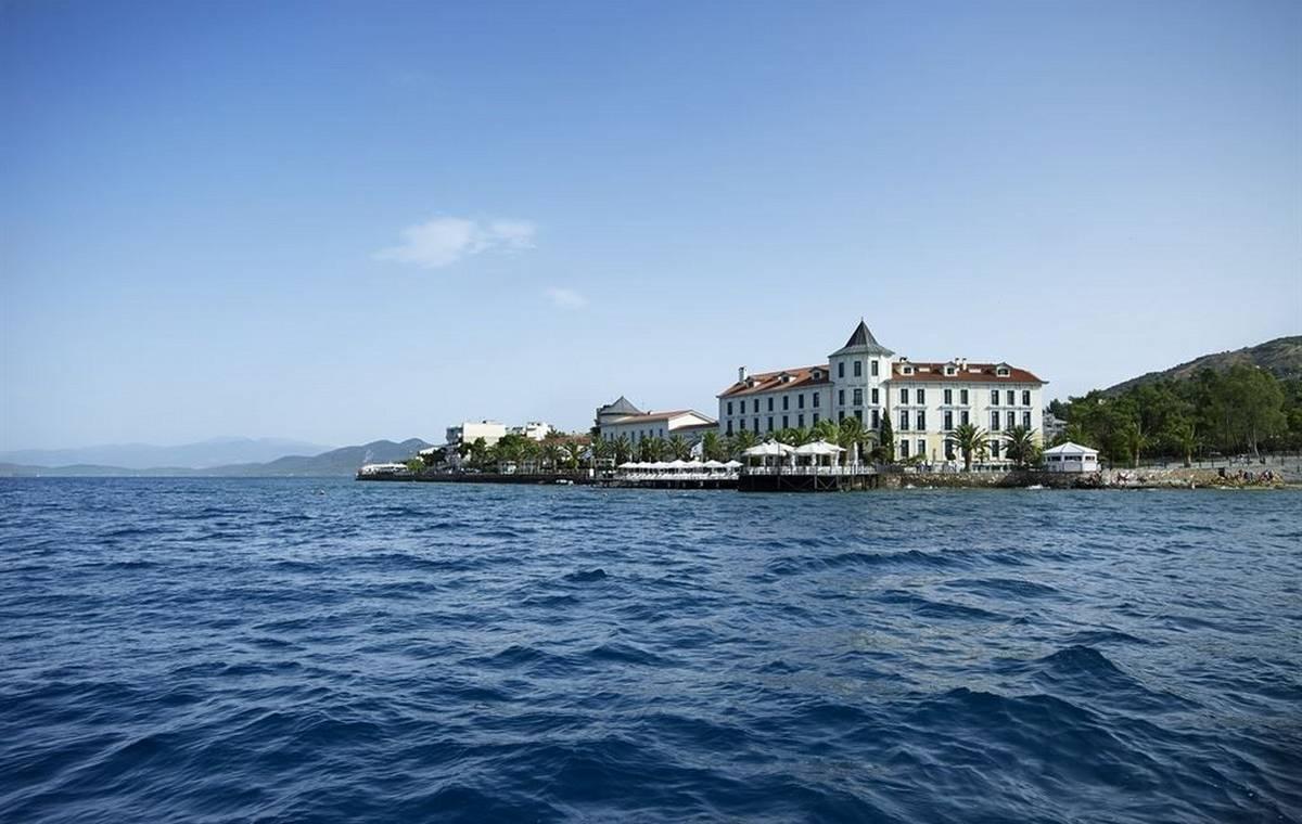 Letovanje_Grcka_Hoteli_Evia_Thermae_Sylla_Spa_Hotel_Barcino_Tours-1.jpg
