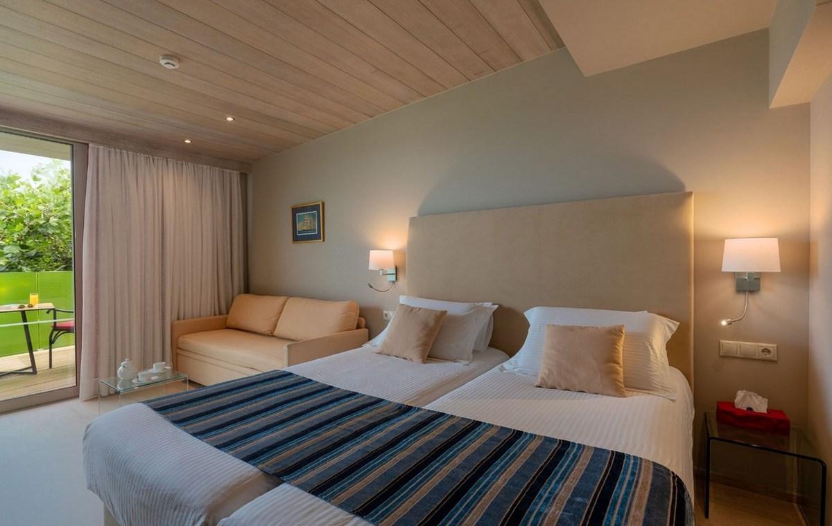 Letovanje_Grcka_Hoteli_Krit_Retimno_Hotel_Kyma_Suites_Beach-37.jpg