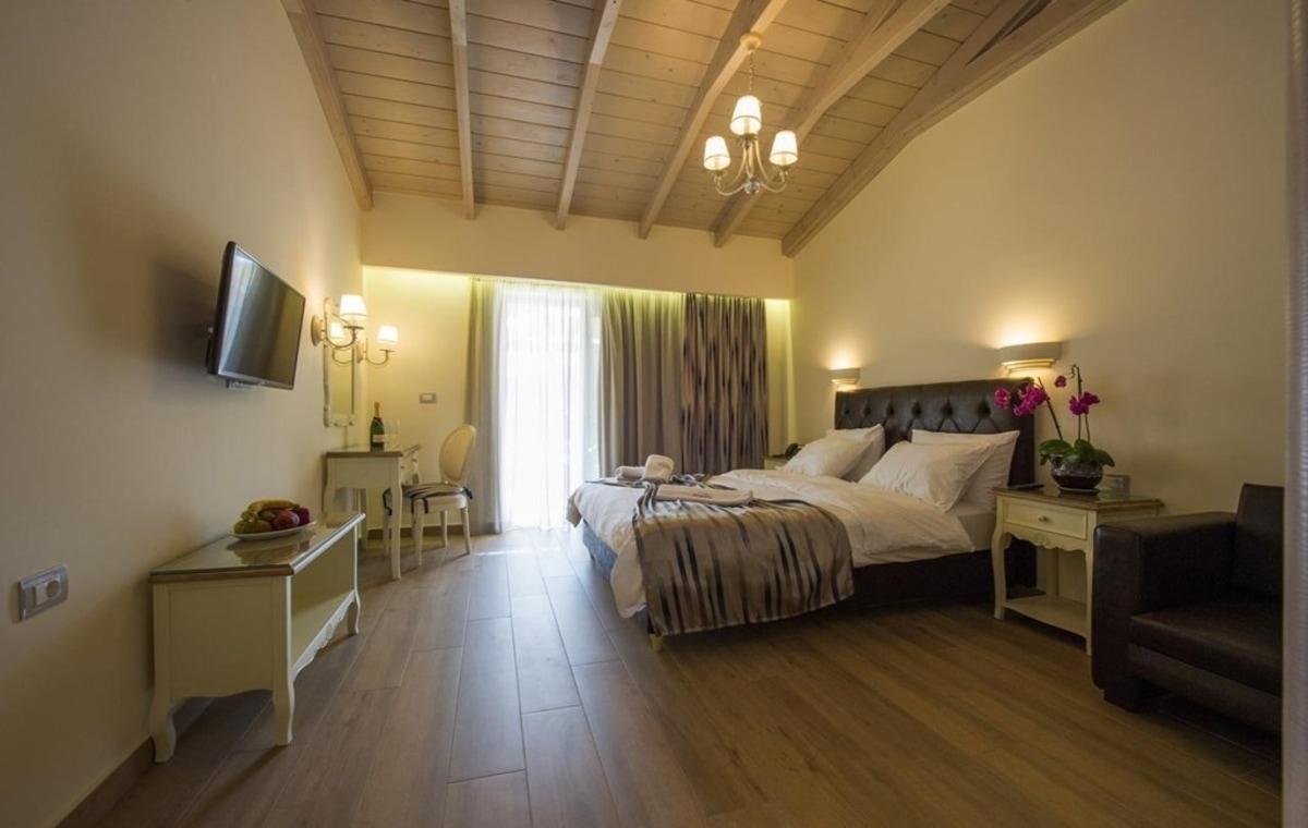Letovanje_Grcka_Hoteli_Parga_Adams_Hotel_Barcino_Tours-18.jpg