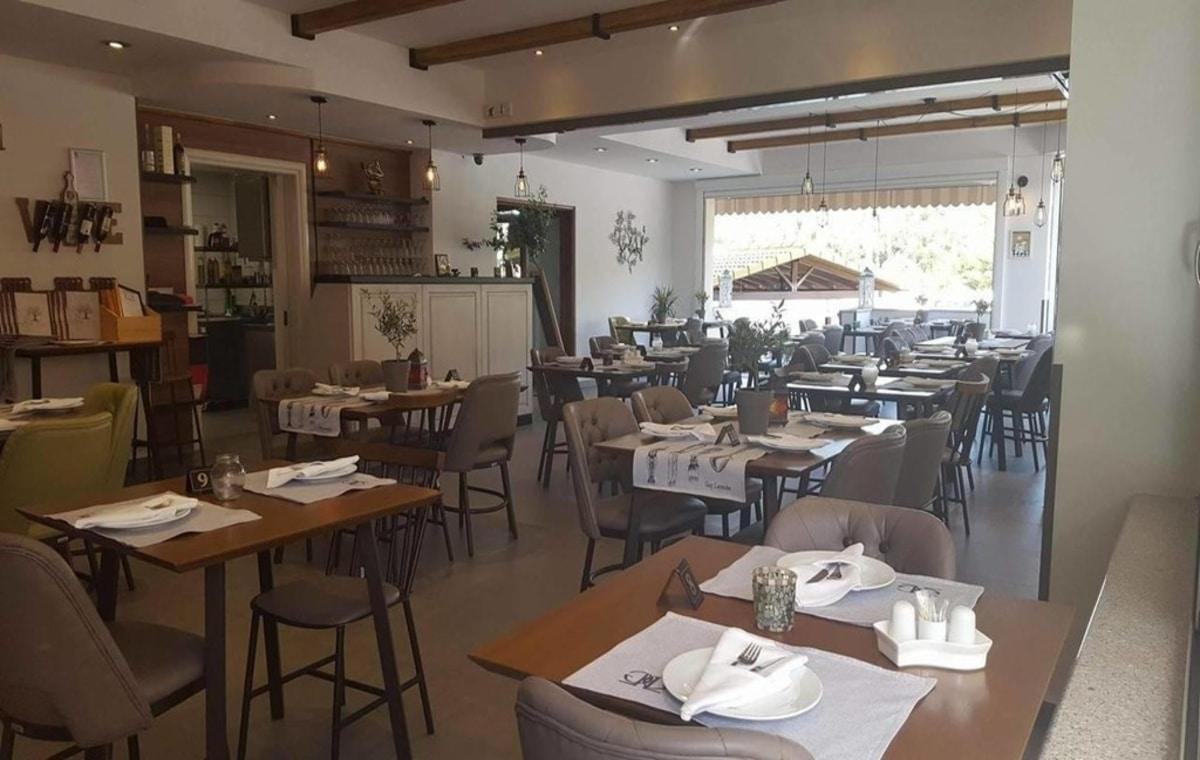 Letovanje_Grcka_Hoteli_Parga_Adams_Hotel_Barcino_Tours-9.jpg
