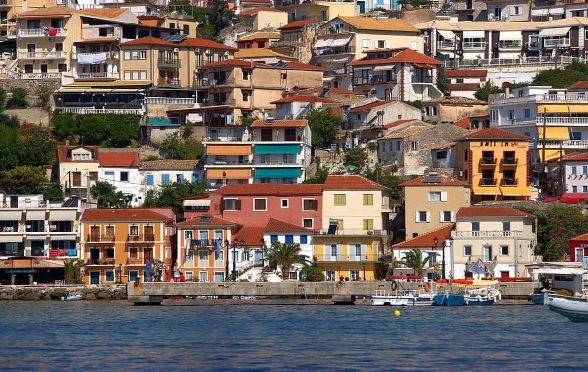 Letovanje_Grcka_Hoteli_Parga_Lichnos_Beach_Hotel_Barcino_Tours-16.jpg