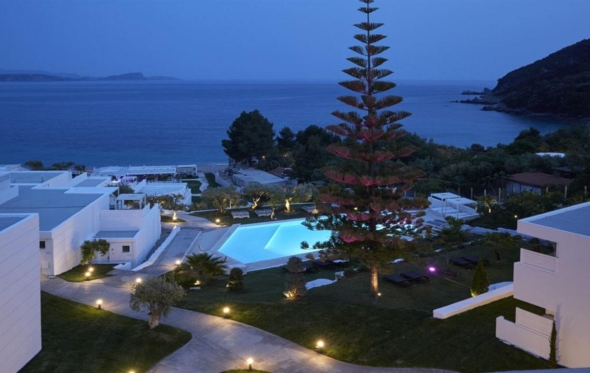 Letovanje_Grcka_Hoteli_Parga_Lichnos_Beach_Hotel_Barcino_Tours-17.jpg