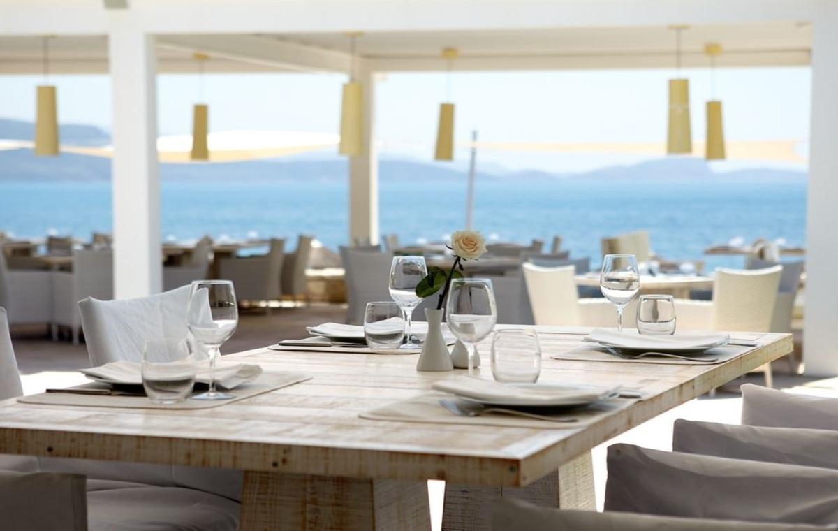 Letovanje_Grcka_Hoteli_Parga_Lichnos_Beach_Hotel_Barcino_Tours-20.jpg