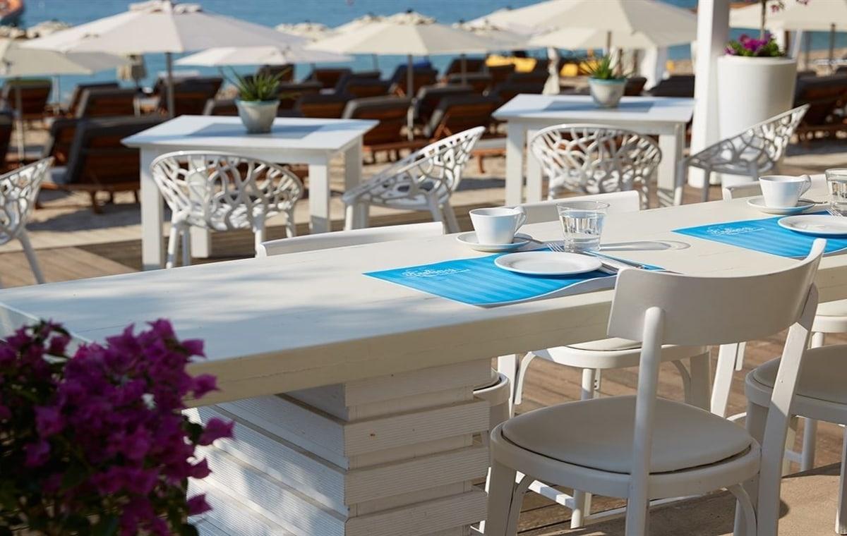 Letovanje_Grcka_Hoteli_Parga_Lichnos_Beach_Hotel_Barcino_Tours-23.jpg