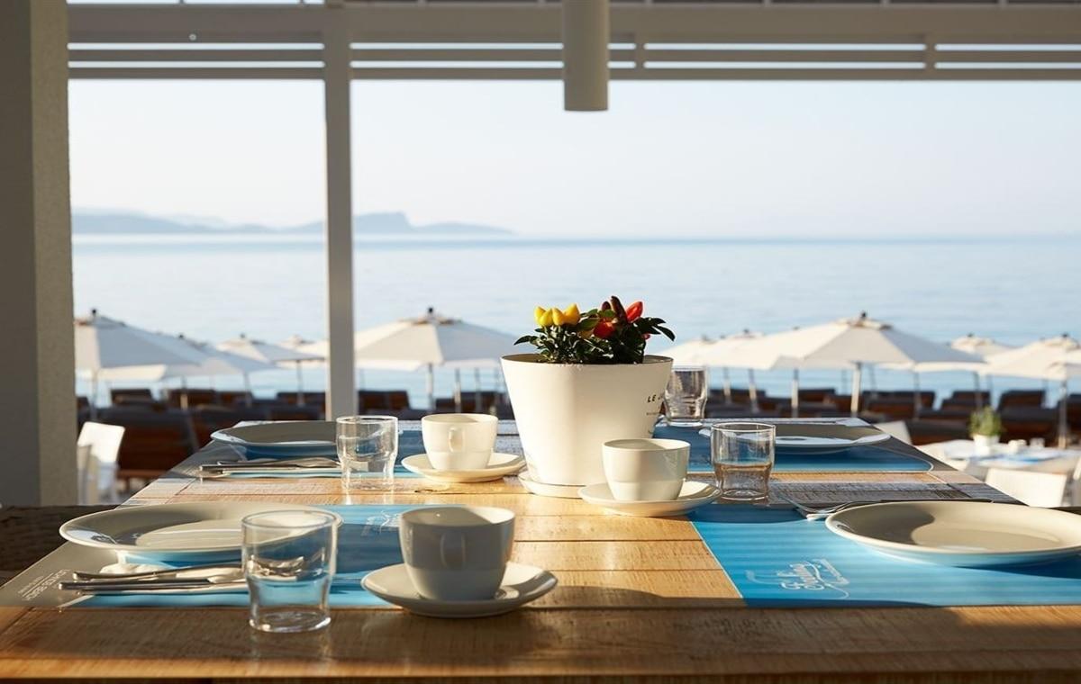 Letovanje_Grcka_Hoteli_Parga_Lichnos_Beach_Hotel_Barcino_Tours-25.jpg