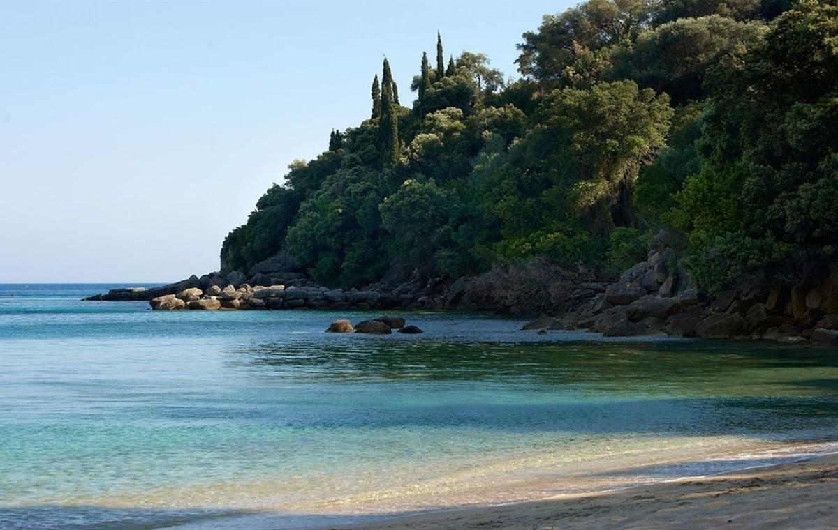 Letovanje_Grcka_Hoteli_Parga_Lichnos_Beach_Hotel_Barcino_Tours-7.jpg