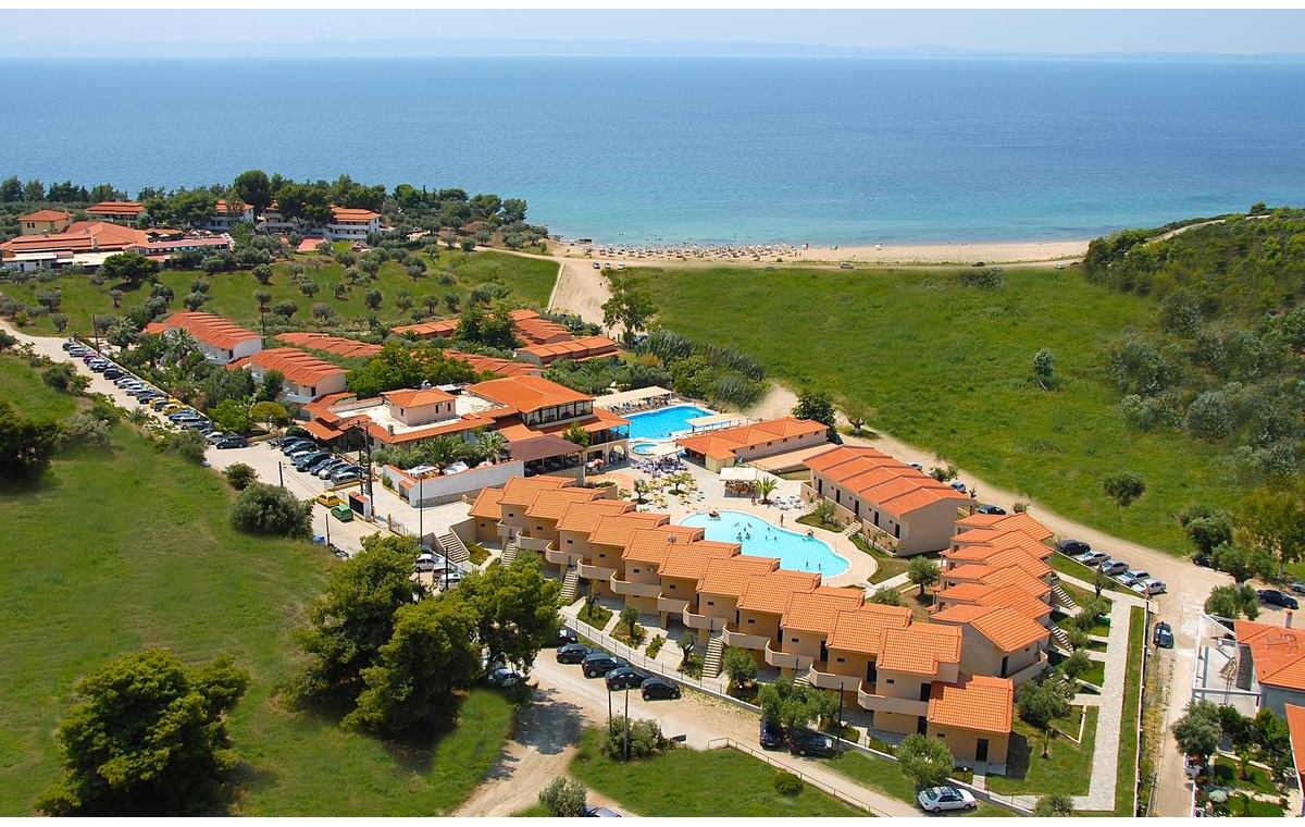 Letovanje_Grcka_Hoteli_Sitonija_Hotel_Village_Mare_Barcino_Tours-1.jpg