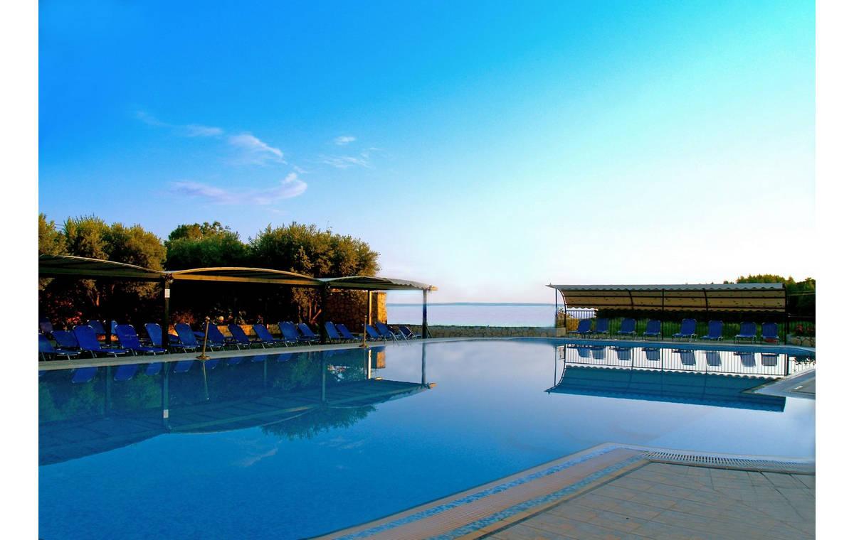 Letovanje_Grcka_Hoteli_Sitonija_Hotel_Village_Mare_Barcino_Tours-11.jpg