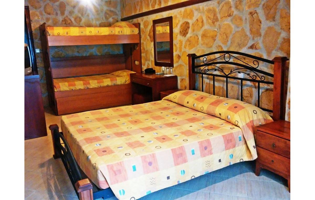 Letovanje_Grcka_Hoteli_Sitonija_Hotel_Village_Mare_Barcino_Tours-18.jpg