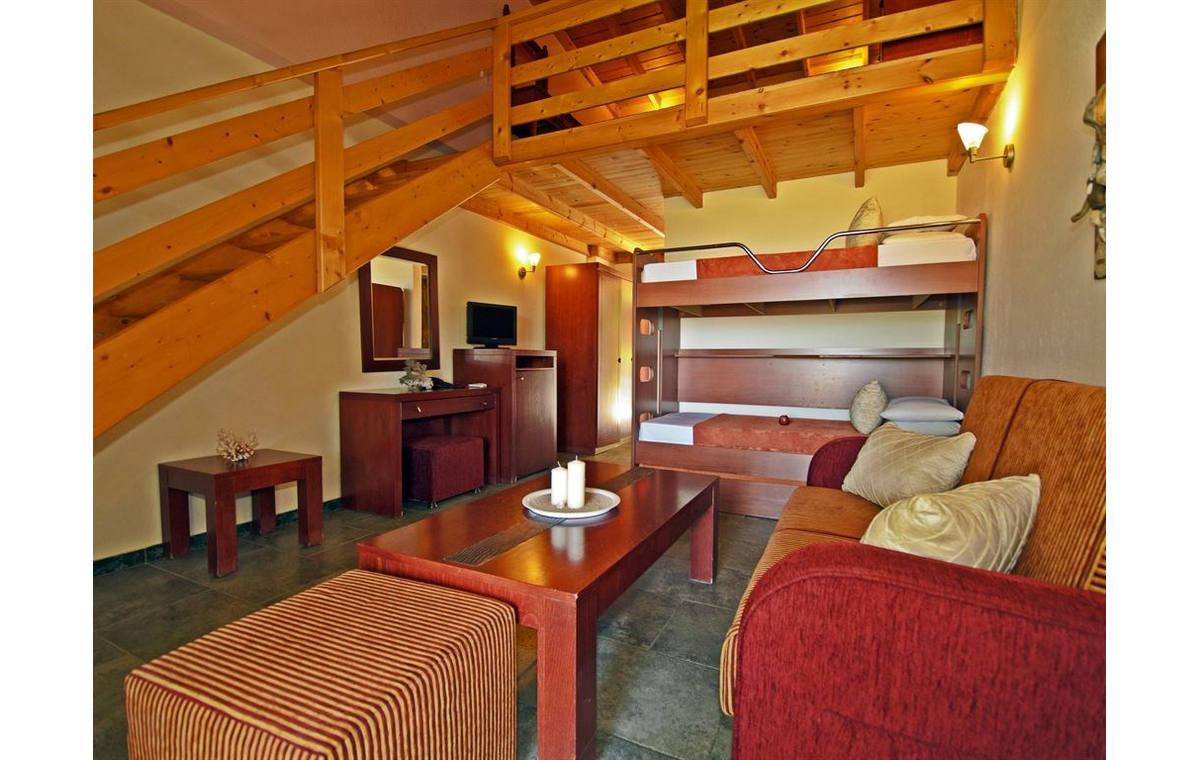 Letovanje_Grcka_Hoteli_Sitonija_Hotel_Village_Mare_Barcino_Tours-20.jpg