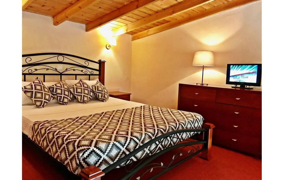 Letovanje_Grcka_Hoteli_Sitonija_Hotel_Village_Mare_Barcino_Tours-21.jpg