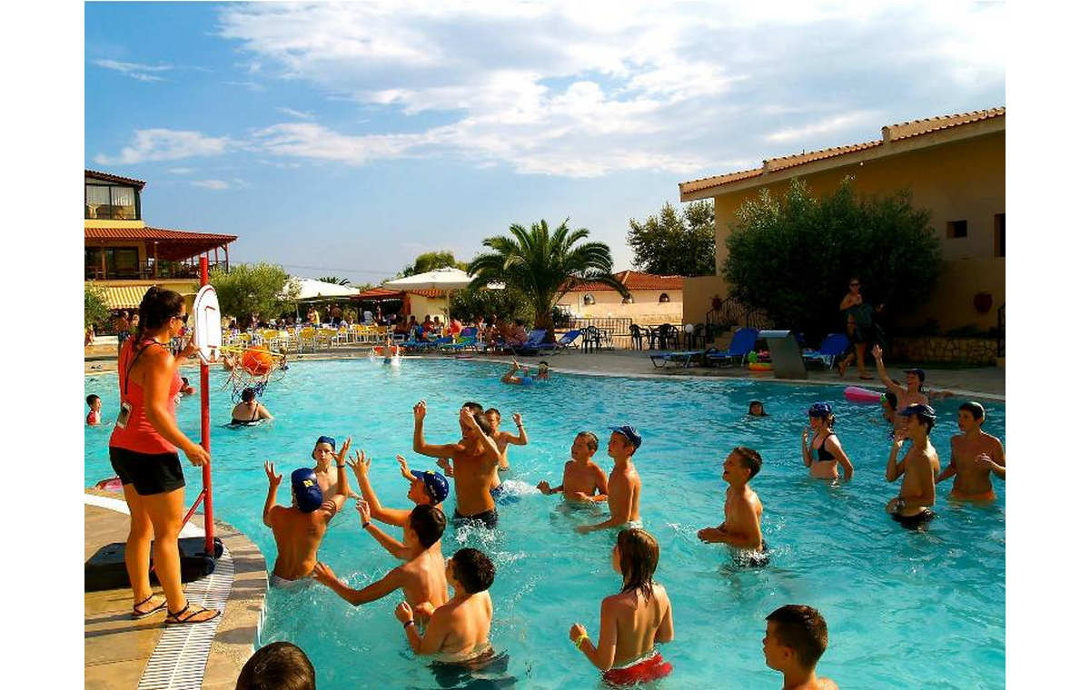 Letovanje_Grcka_Hoteli_Sitonija_Hotel_Village_Mare_Barcino_Tours-24.jpg
