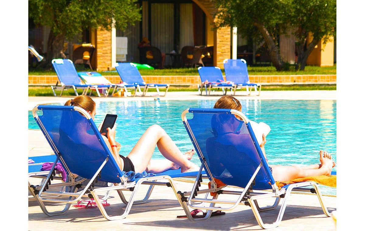 Letovanje_Grcka_Hoteli_Sitonija_Hotel_Village_Mare_Barcino_Tours-8.jpg
