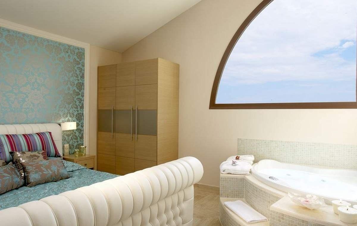 Letovanje_Grcka_Hoteli_TasosAlexandra_golden_boutique_hotel_Barcino_Tours-11-1.jpeg