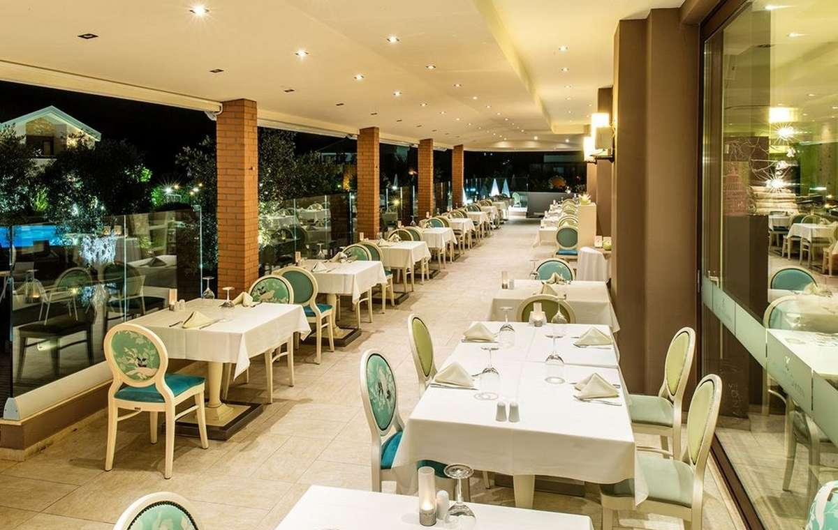 Letovanje_Grcka_Hoteli_TasosAlexandra_golden_boutique_hotel_Barcino_Tours-11.jpeg