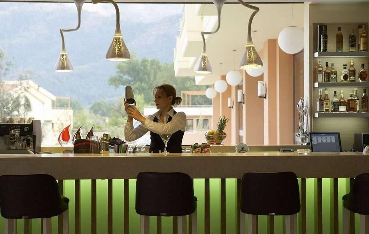 Letovanje_Grcka_Hoteli_TasosAlexandra_golden_boutique_hotel_Barcino_Tours-12.jpeg