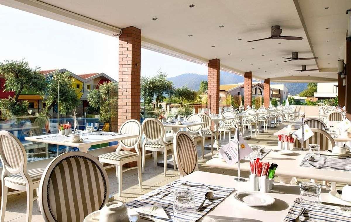 Letovanje_Grcka_Hoteli_TasosAlexandra_golden_boutique_hotel_Barcino_Tours-5.jpeg