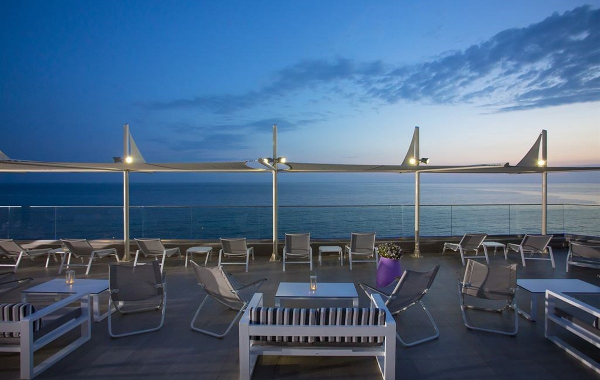 Letovanje_Grcka_Hoteli_Tasos_Alexandra_beach_spa_hotel_Barcino_Tours-18.jpeg