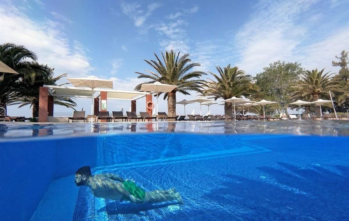 Letovanje_Grcka_Hoteli_Tasos_Alexandra_beach_spa_hotel_Barcino_Tours-22.jpeg