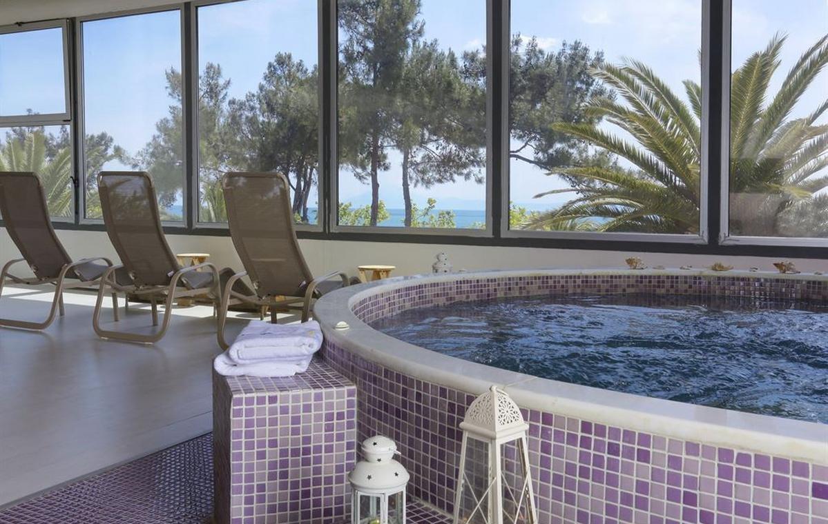 Letovanje_Grcka_Hoteli_Tasos_Alexandra_beach_spa_hotel_Barcino_Tours-4-1.jpeg