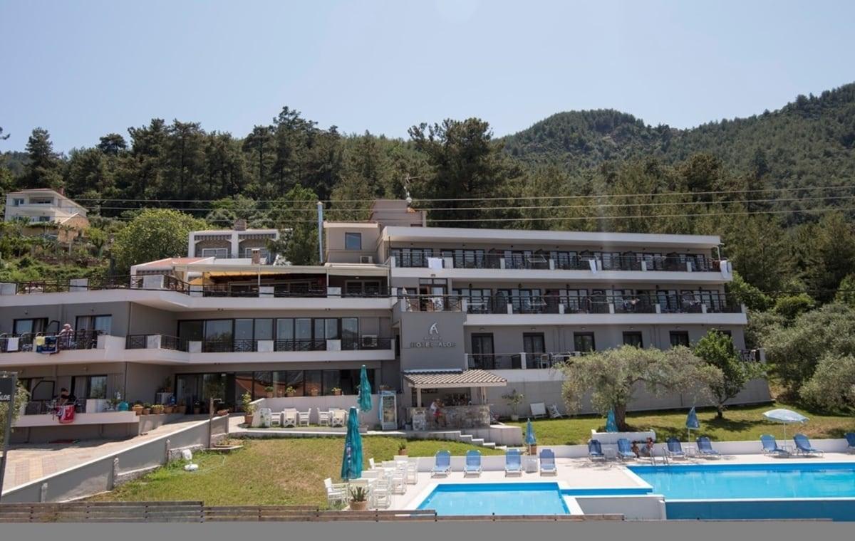 Letovanje_Grcka_Hoteli_Tasos_Aloe_hotel_Barcino_Tours-1.jpg