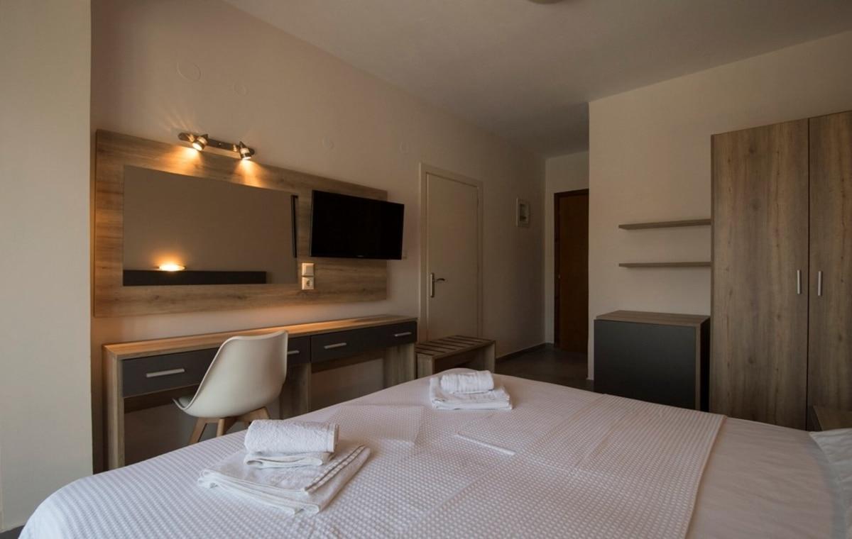 Letovanje_Grcka_Hoteli_Tasos_Aloe_hotel_Barcino_Tours-3-2.jpg