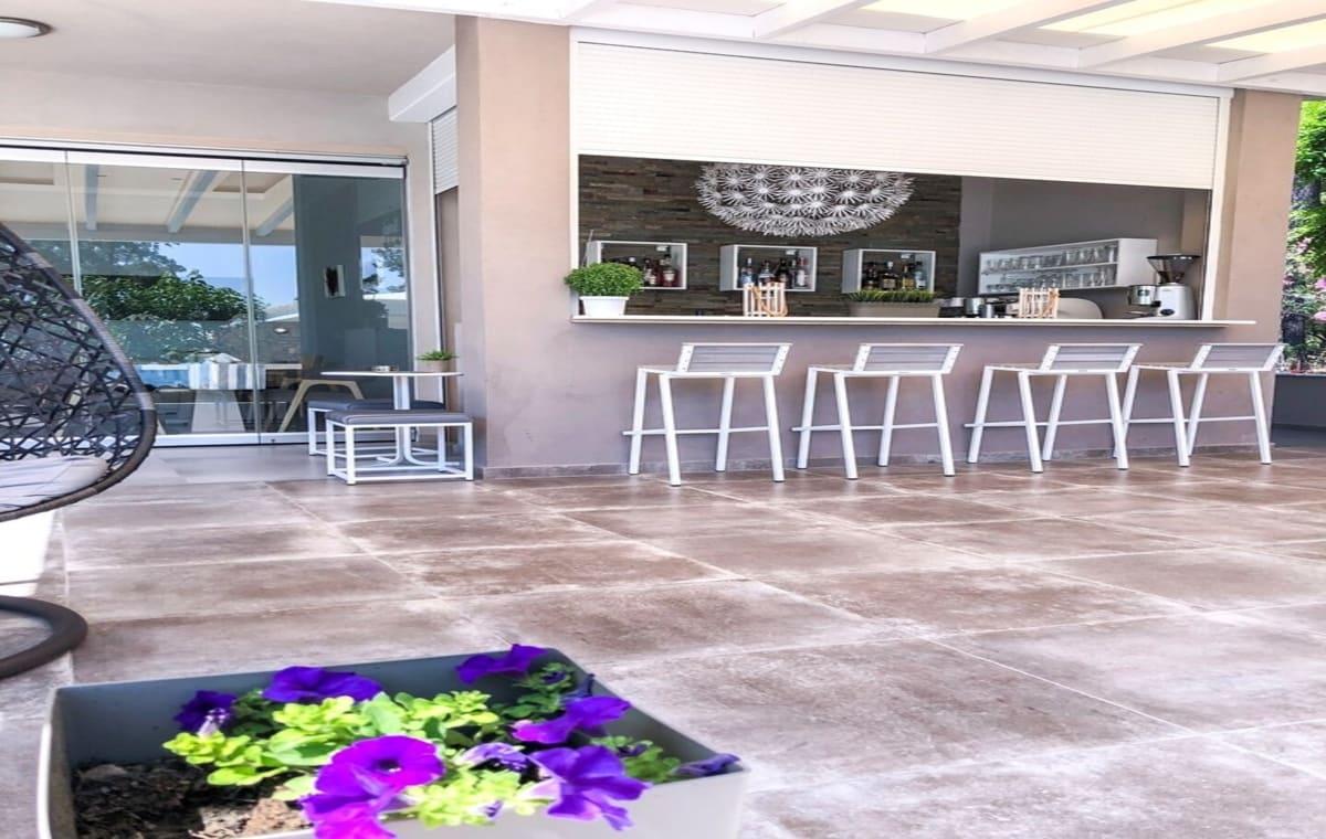 Letovanje_Grcka_Hoteli_Tasos_Aroma_Nisteri_Beach_hotel_Barcino_Tours-2-1.jpg