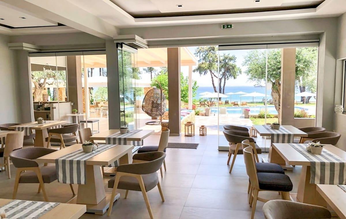 Letovanje_Grcka_Hoteli_Tasos_Aroma_Nisteri_Beach_hotel_Barcino_Tours-3-1.jpg