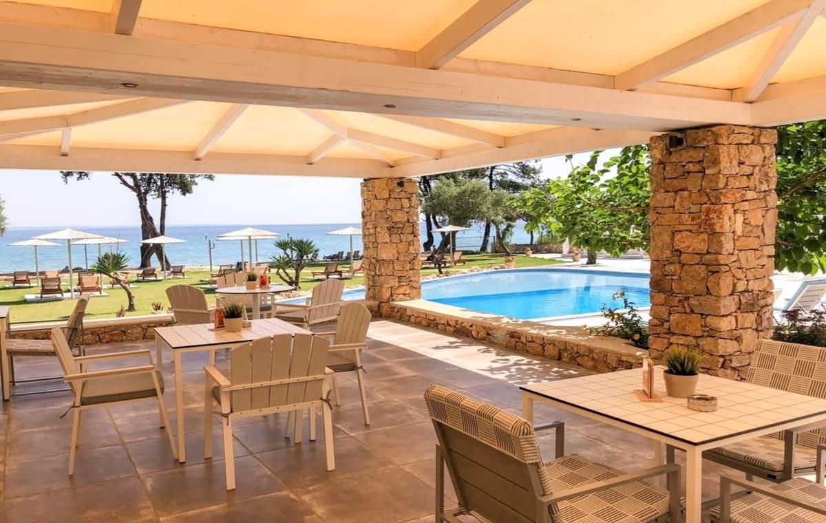 Letovanje_Grcka_Hoteli_Tasos_Aroma_Nisteri_Beach_hotel_Barcino_Tours-5.jpg